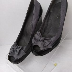 Aerosole peep toe wedges